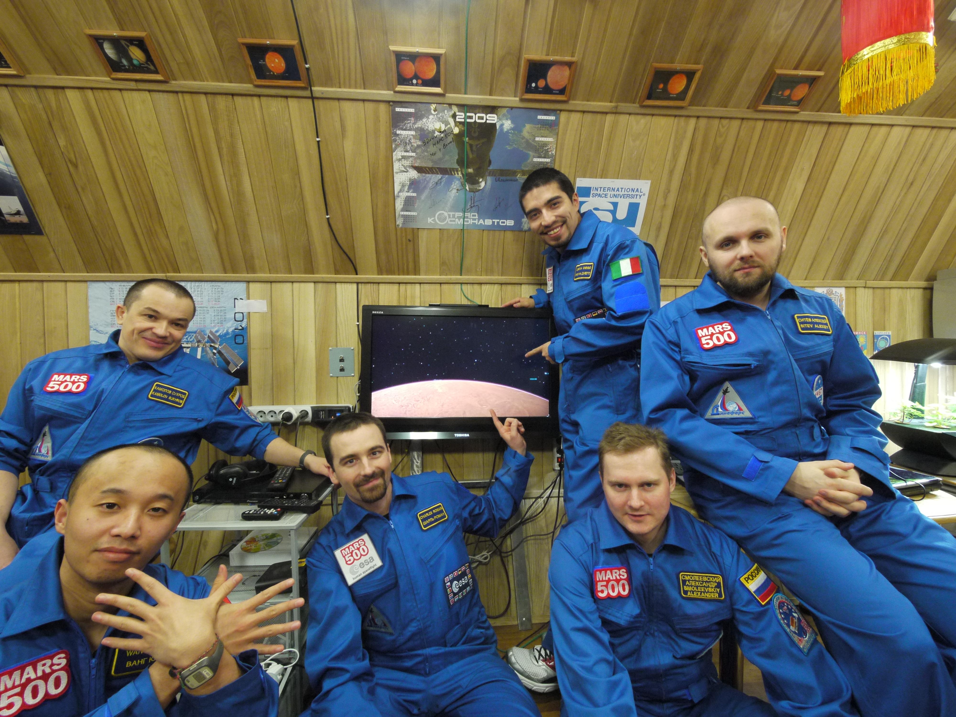 Mars500-crew
